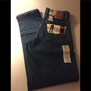 NWT Women's/Misses Relaxed Tapered 550 Jeans 6Long